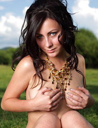 Model madeline in country girl i